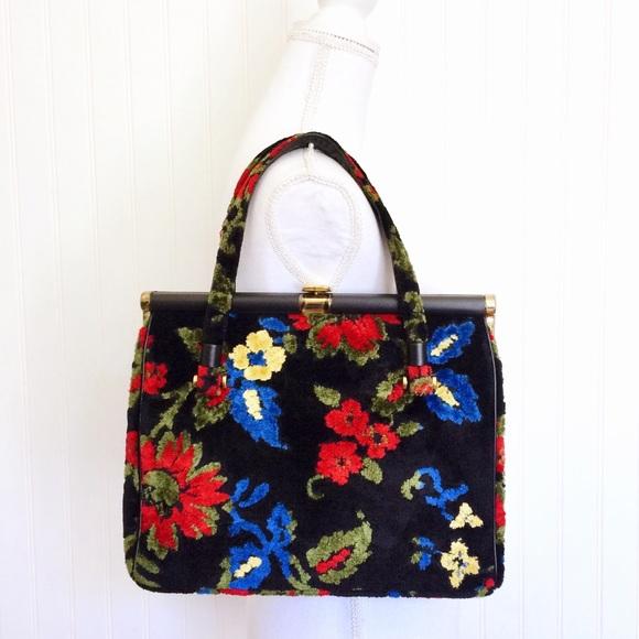 Vintage 60s 70s black floral tapestry carpet bag. M 5b2979d29fe486cd3fac5aee 3a18dff8f0970